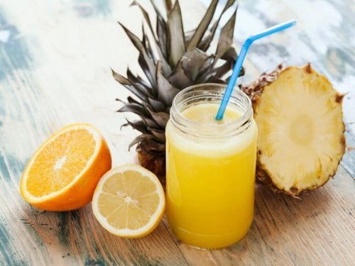 A pineapple and orange juice.
