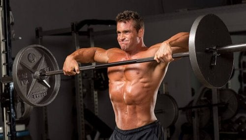 Rowing exercises allow you to strengthen several muscle groups at the same time upright row
