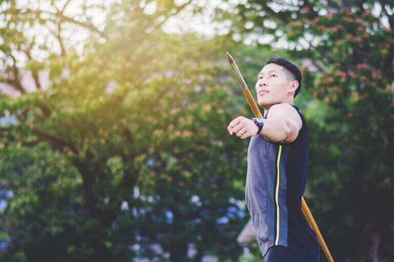 7 Throwing Sports That Really Test Strength and Technique