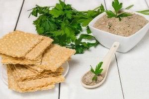 Sardine pate and crackers.