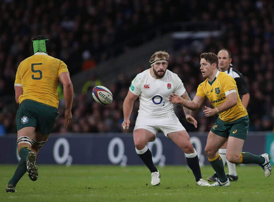 Australia playing against England during a Rugby World Cup