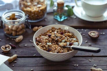 3 Tips for Snacking Between Meals