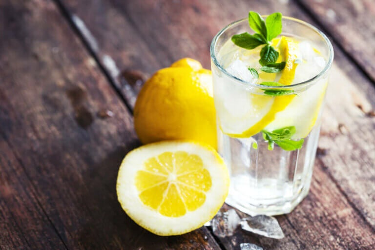 Does Lemon Water Aid Weight Loss?