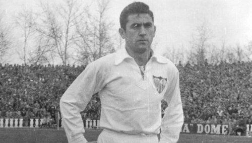 Juan Arza in Sevilla.