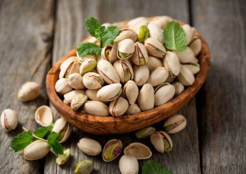 The Health Benefits of Pistachios