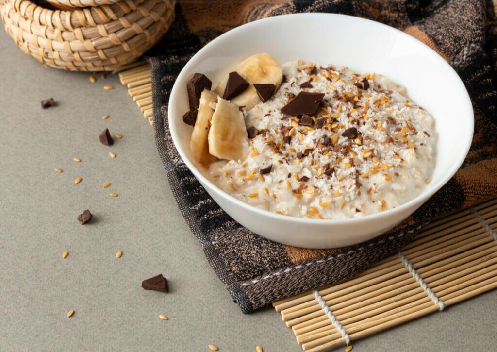 healthy breakfast with porridge and fruit