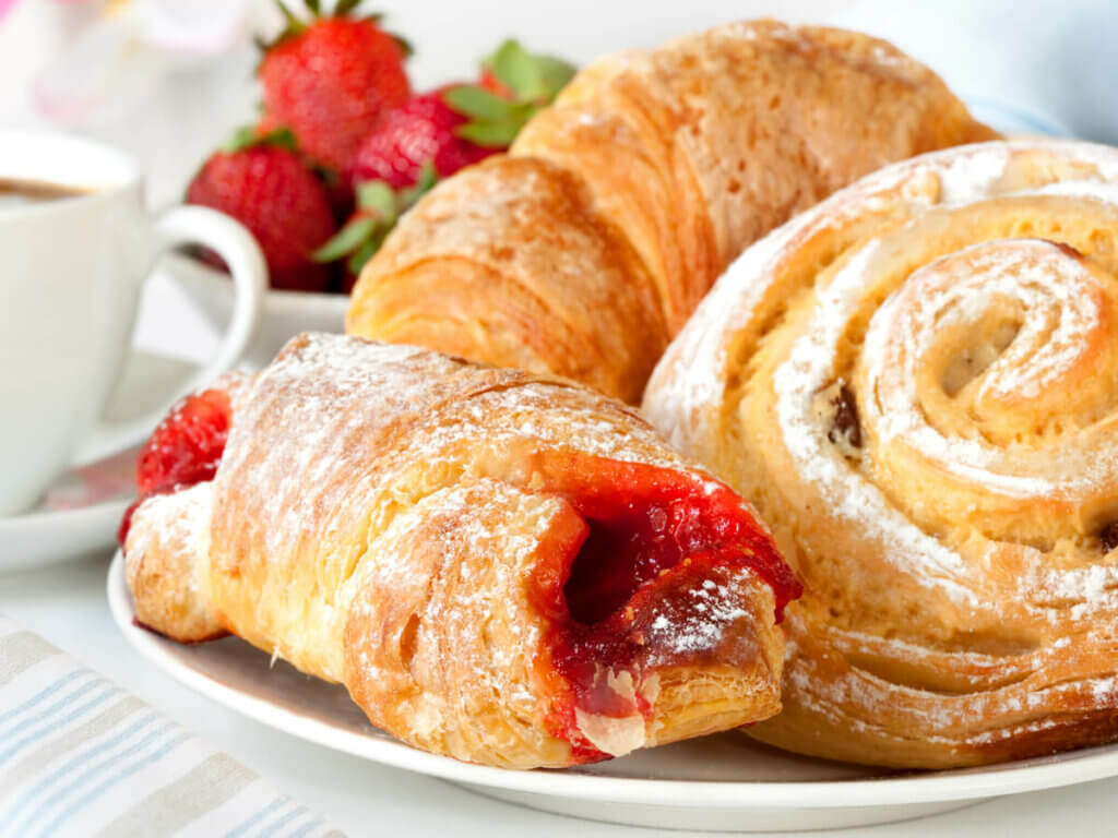 Pastries are not a healthy breakfast choice