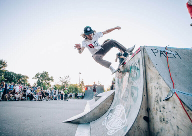 6 Important Skateboarding Rules