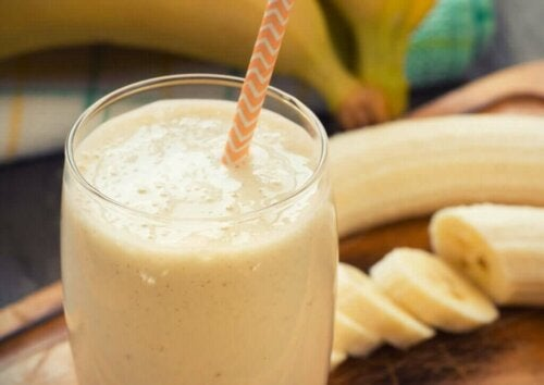 What are the Benefits of Banana Smoothies?