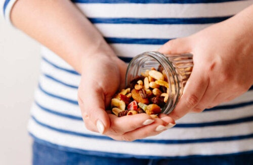 """3 Foods to Increase Your Body""""s Natural Defenses"""