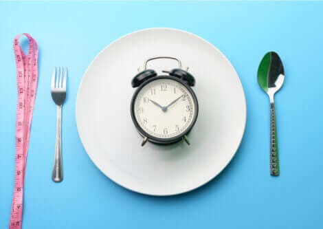 Intermittent fasting is an excellent option for controlling diabetes.
