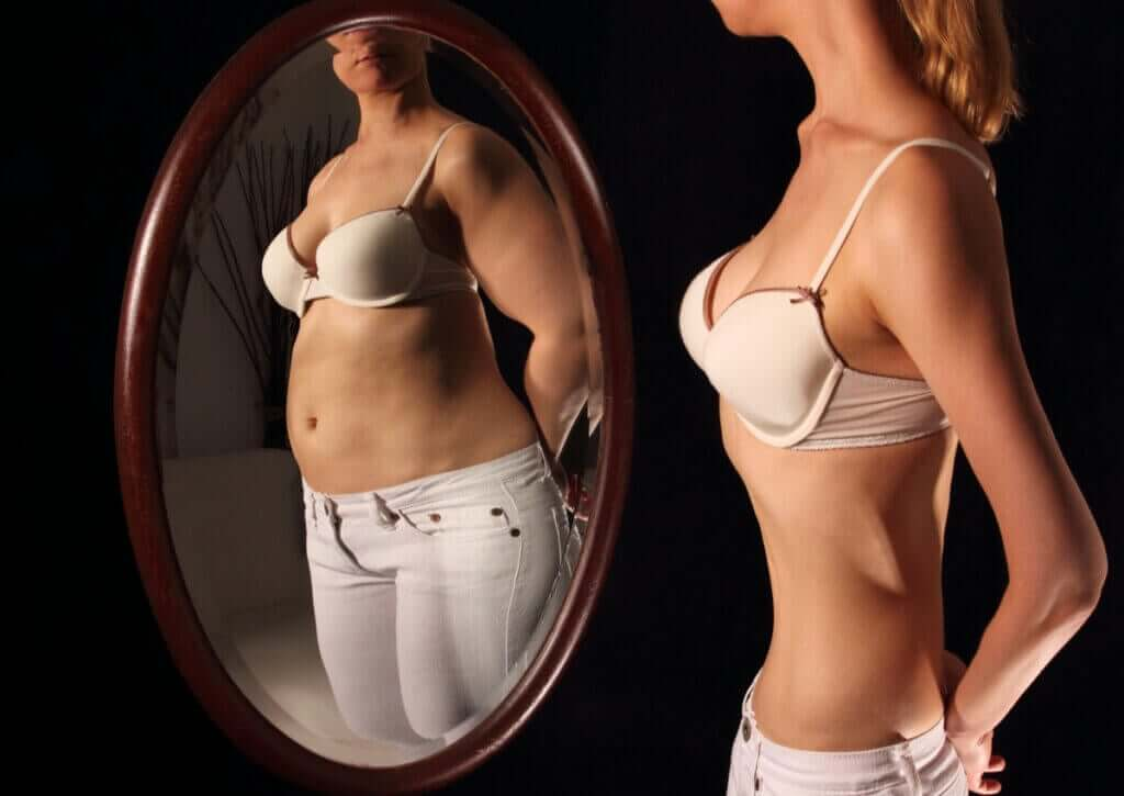 Differences Between Anorexia and Bulimia