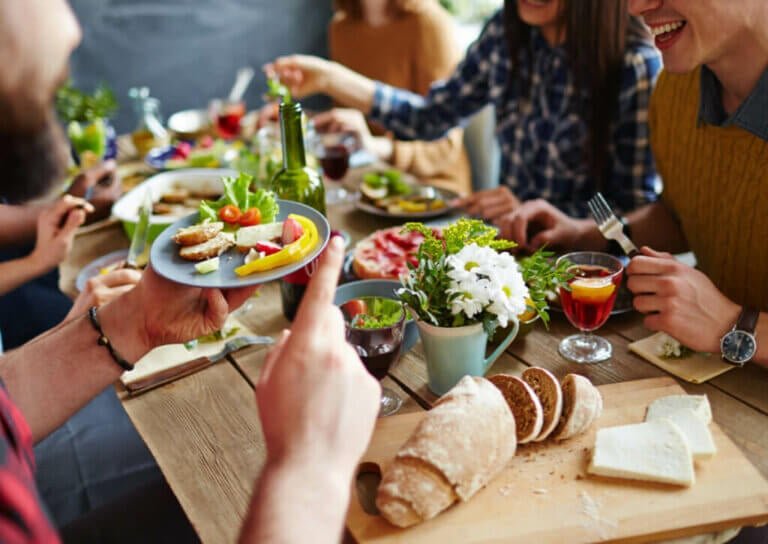 3 Tips to Avoid Gaining Weight on Vacation